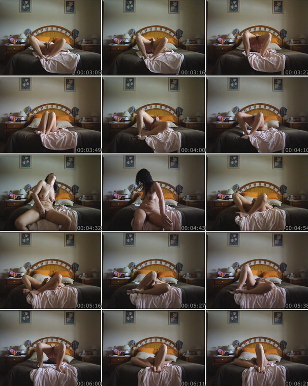 Hairy Portuguese woman masturbation video. Size:26MB Format:640x480flv
