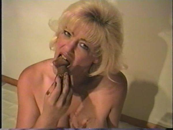 eating gallery scat slut
