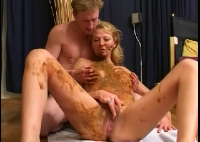 scat_swinger.mp4_snapshot_25.45_2012.03.30_00.27.18.jpg