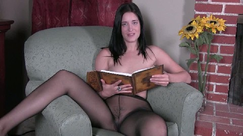 masturbate theater with kimberly kane great aunt veras panties joiclips.net