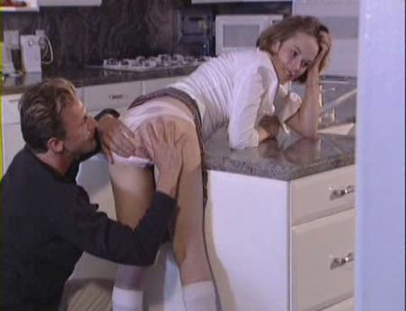 Claire - Fuck in the Kitchen (2012 / 480x368)