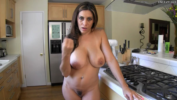 Hd Moms Naked Cooking 46