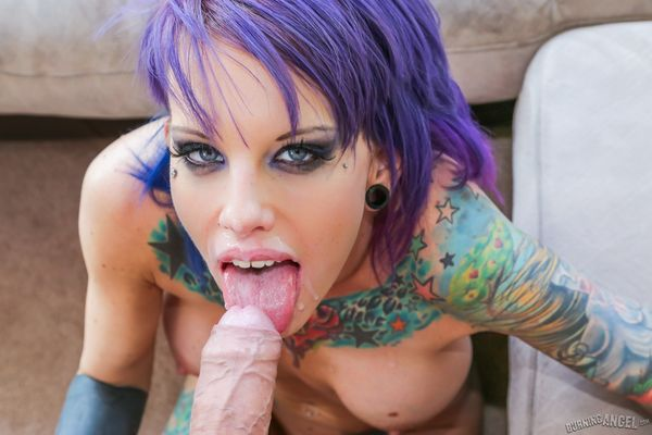 Tattooed Punk Babe Does Naughty Blowjob On Two Guys Pichun Videobox 1