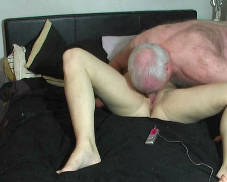 old uncle loves to fuck his sweet daughter - nice dad and daughter sex