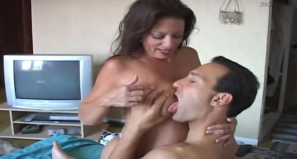 Son seduces his mother and fuck her