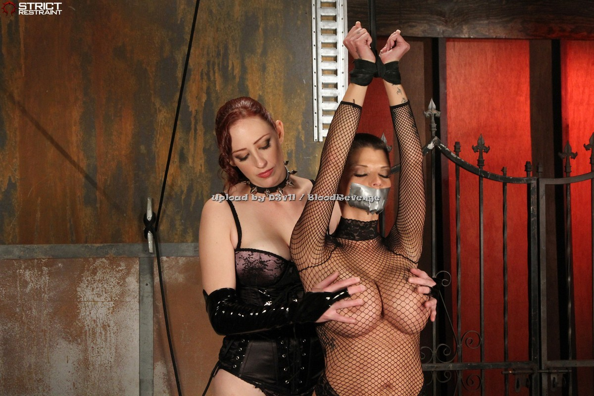 LAURA: Joslyn james bdsm