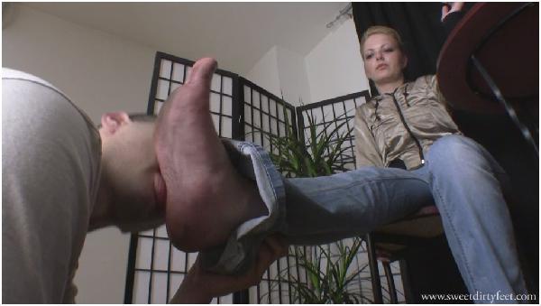 Foot Fetish Feet Licking Heel, Female Domination over Men, Smother, Sitting on Stomach, Girls make Me