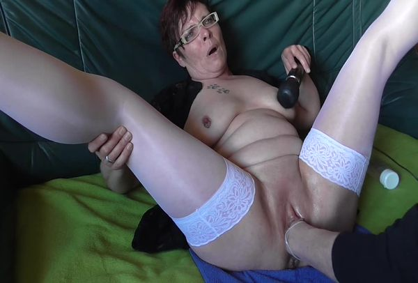 Порно скачать бабульки фистинг