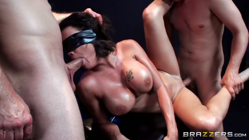 Playboy Tv Foursome Xvideos