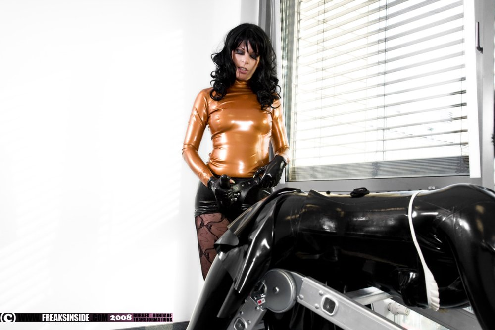 Gilrs In Latex Spandex Leather Rubber Boots - Rear Photosets - Full Collections Fuq 1
