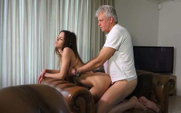 Grand Daughter Gives Grand Pa Handjob Free Sex
