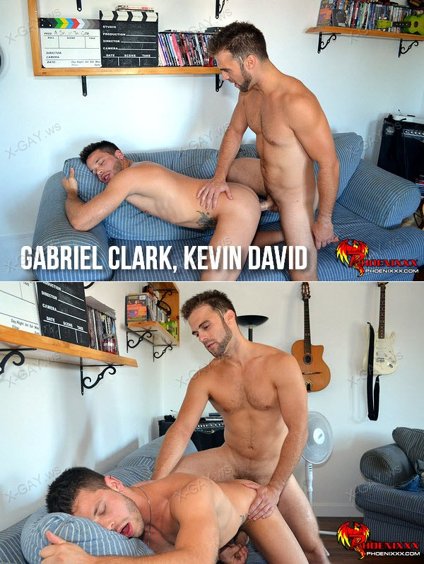 PhoeniXXX: Gorgeous Studs Before The Gym (Gabriel Clark, Kevin David)