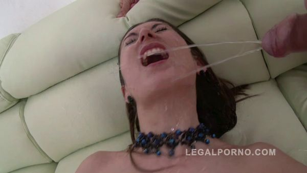 [SZ708] 0% Pussy DAP And Pee [LegalPorno] Maggie (720p)