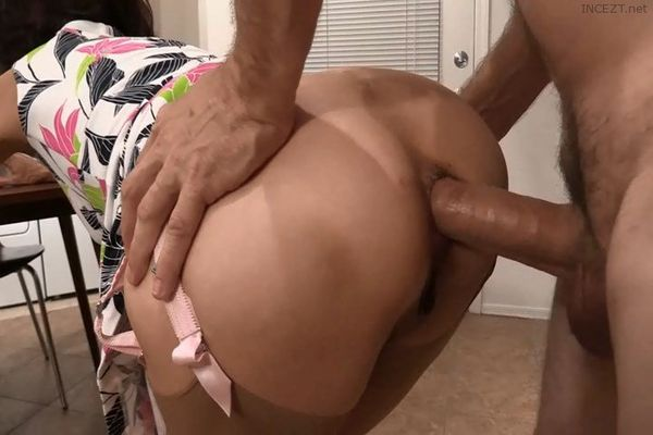 Mom caught stepson and helps with fuck in her ass 3